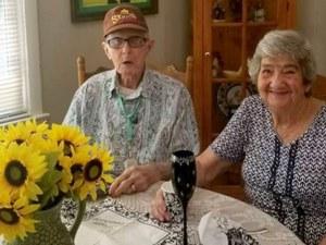 Съпрузи починаха в един и същи ден, след 71 години брак