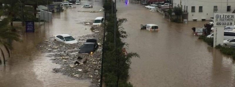 7 души са в неизвестност след пороите в Турция