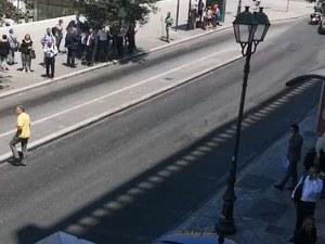 Има ранени след силното земетресение в Гърция, хиляди излязоха на улиците
