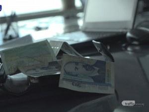Нова схема вкарва наивници в капан с бързи кредити