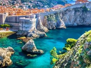 Забраниха къпането в Дубровник заради фекални води