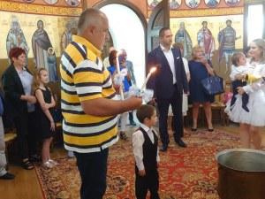 Премиерът Борисов кръсти двете си внучета