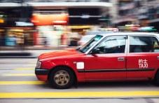 Таксиджия догони и спря кола без шофьор