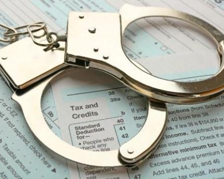 Ефективна присъда 3,5 години за укриване на 100 хил. лева данъци