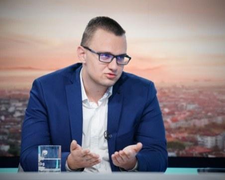 Кристиян, обвинен за хакерската атака на НАП: Няма да отключа компютъра си