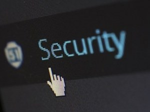 Хакери блокираха сайтовете на летищата в Бургас и Варна
