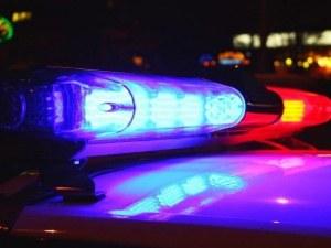 Кола се вряза в мантинелата в Шумен, жена е с отрязана ръка