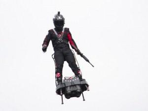 Летящият човек готви исторически полет над Ламанша