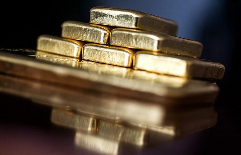 Маскирани като полицаи мъже отмъкнаха злато за 40 милиона в Сао Пауло