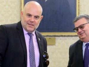 ГЕРБ и БСП с пестеливи коментари за избора на нов главен прокурор