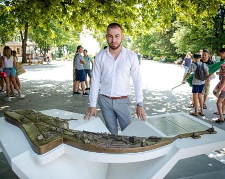 24-годишен студент от Варна създаде релефна карта на Морската градина