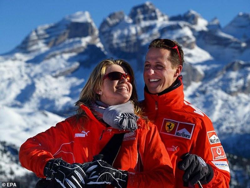 Шумахер гледа Формула 1 по телевизията, възстановява се добре