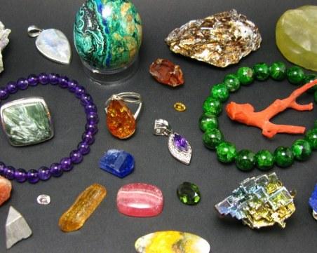 Скритите послания: Митът за зодиакалните камъни