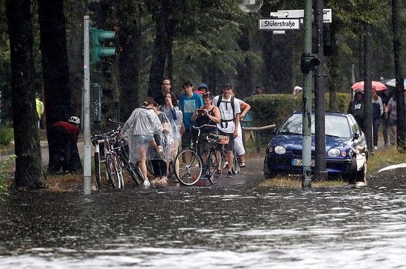 Извънредно положение в Берлин заради наводнения