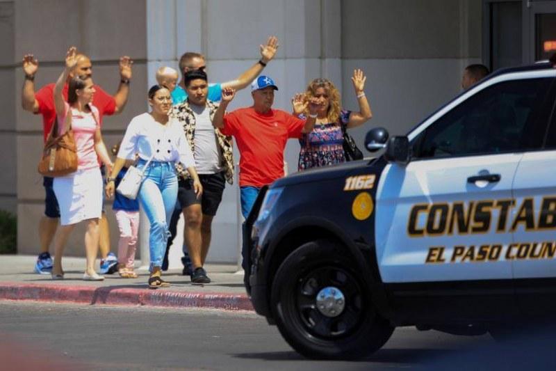 Касапница в Тексас! 19 убити и над 40 ранени при стрелба в мол