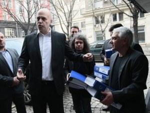 Защо Слави Трифонов няма и не иска да участва на местните избори