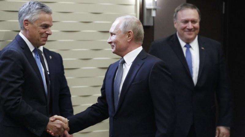 Посланикът на САЩ в Русия хвърли оставка