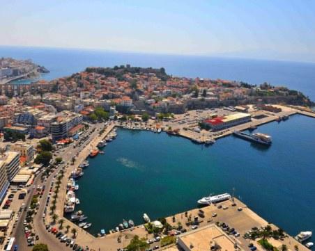 Северна Гърция пълна с български туристи, но местните не са доволни – оборотите ниски