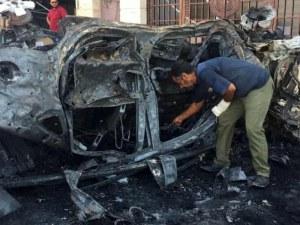 Кола на ООН изгоря при атентат в Бенгази! Двама загинаха, 10 са ранени