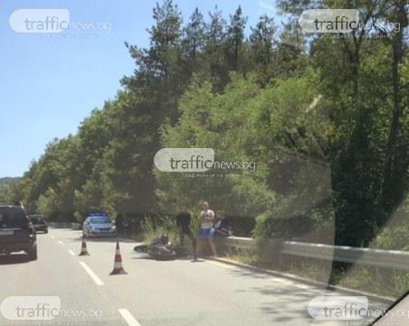Два инцидента край Велинград – моторист катастрофира, кола изгоря
