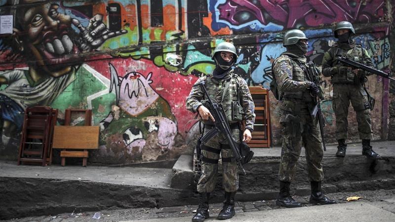 Въоръжени мъже разстреляха петима души в бразилски нощен клуб, има и тежко ранени