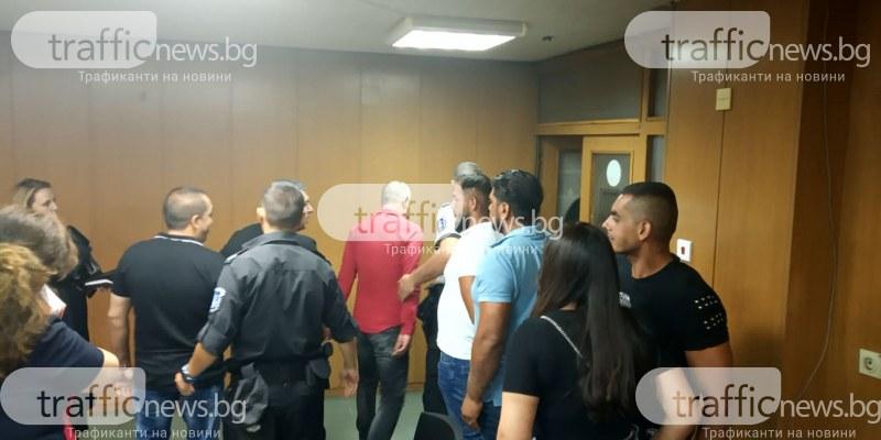 Затвор за дилъра Кадри, спипан при акция в Столипиново! Три ромски фамилии се събраха в съда