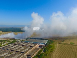 Три села се вдигат на протест пред горящия завод в Шишманци