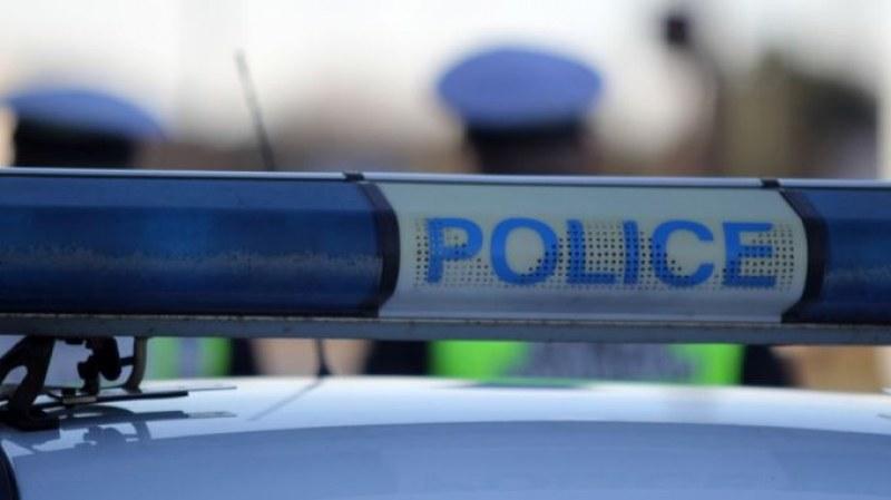 Пиян шофьор с над 20 акта и отнета книжка опита да подкупи полицай