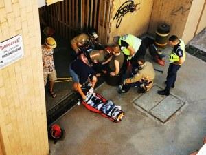 Шахта в столичен подлез взе трета жертва, заклещи крака на жена