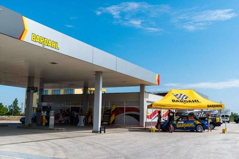 Откриват бензиностанция край Пловдив, която налага нови стандарти в горивата