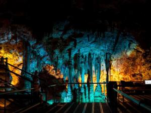 Взрив в кариера открива най-красивата пещера Венеца