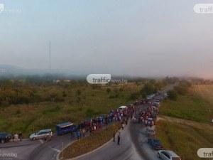 Протестиращи жители на Шишманци: Цяла седмица чакаме становище от властта - такова няма!