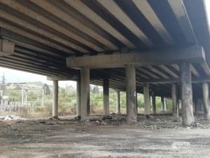 Строителят на обгорелия мост на