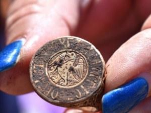 Уникална находка! Откриха пръстен на принц, погребан на нос Калиакра