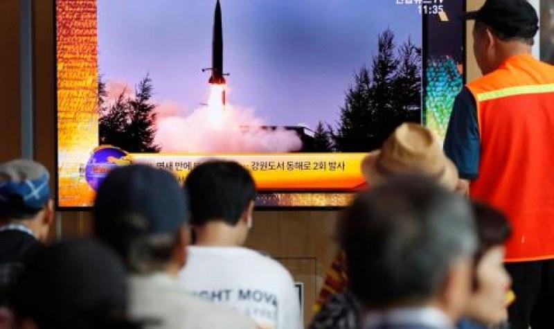 Северна Корея отново изстреля