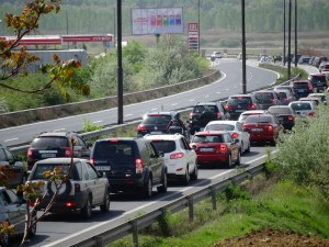 Верижна катастрофа затапи пътя Бургас-Царево