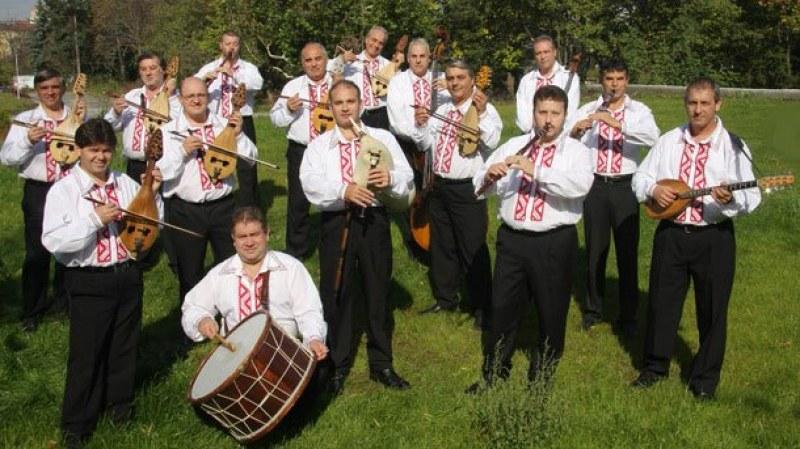 Народната музика – най-слушана от българина, къде е чалгата и рокът?