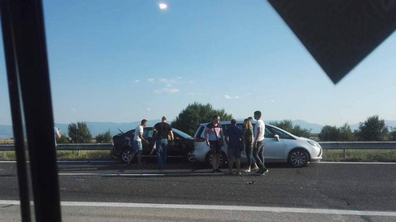 Катастрофа причини огромно задръстване на магистралата