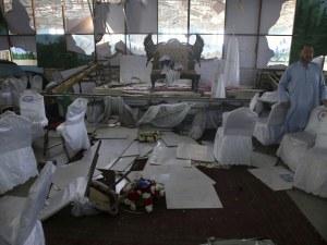 Самоубиец превърна в касапница шиитска сватба в Кабул, над 60 жертви