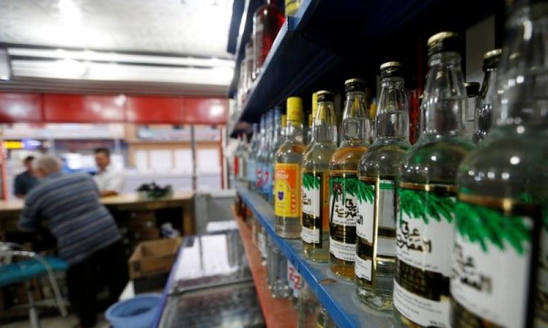 Прежадняла пловдивчанка тършува в хипермаркет, опита да задигне пълен сак с ... уиски