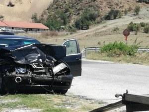 Две момичета пострадаха при катастрофа в Пловдивско