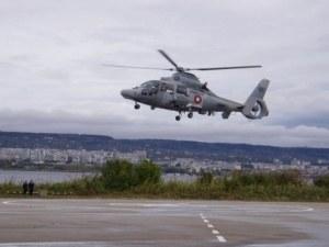 """ВМС очакват хеликоптер """"Дофин"""" вместо падналия в морето"""