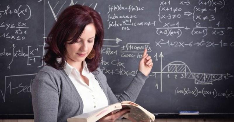 Близо 1000 свободните места за учители в София, Пловдив и Варна