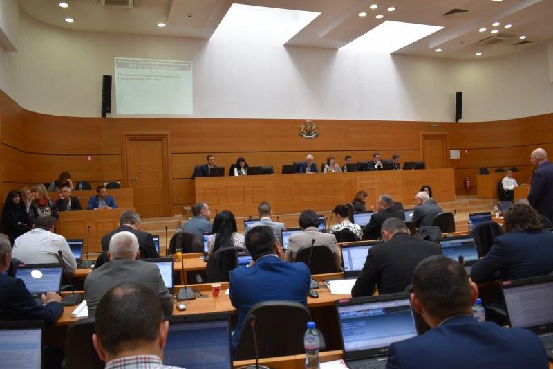 Пловдивският парламент сменя облика си при новия кмет, ГЕРБ подменя поне половината съветници