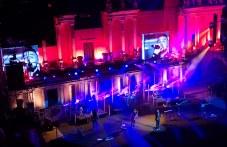 Kрай Mарица: 23 000 фойерверки, Любо Киров, Графа и Михаела Филева забавляват Пловдив