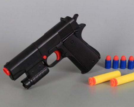 Двама опитаха да оберат магазин във Варна с пистолети играчки