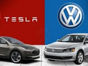 Иска ли Фолксваген да вземе дялове в Тесла?  Немският концерн отрича