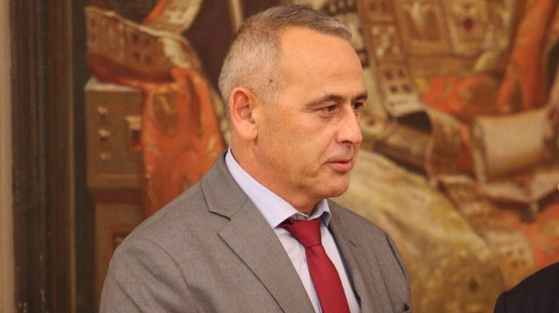 Борисов: Изритаха шефа на НСО заради интриги