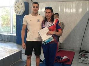 Пловдивски суперталант е световна сила в плуването
