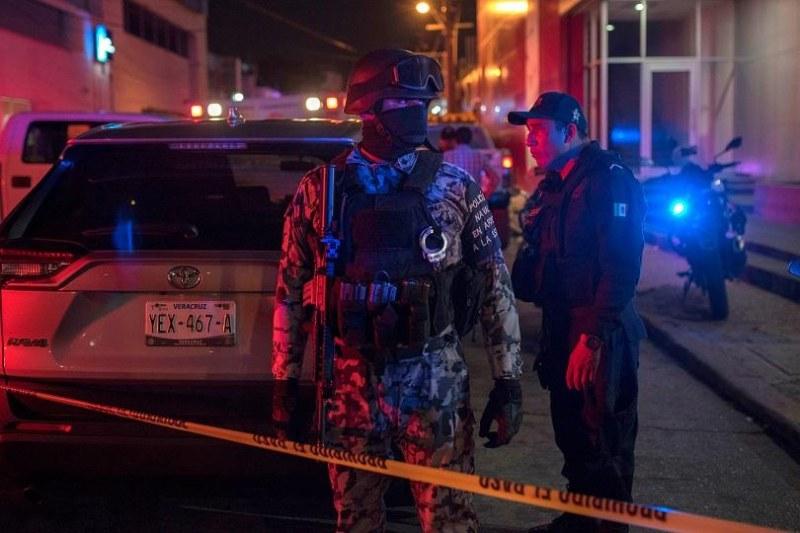23 загинаха при бомбена атака срещу нощен клуб